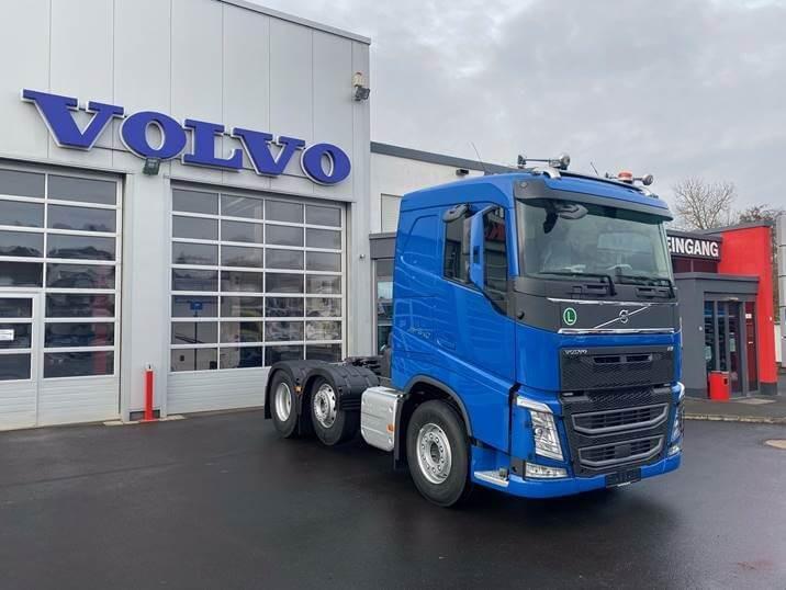 Volvo FH540 6x2 geliefert an Herzog GmbH & Co. KG aus Marburg