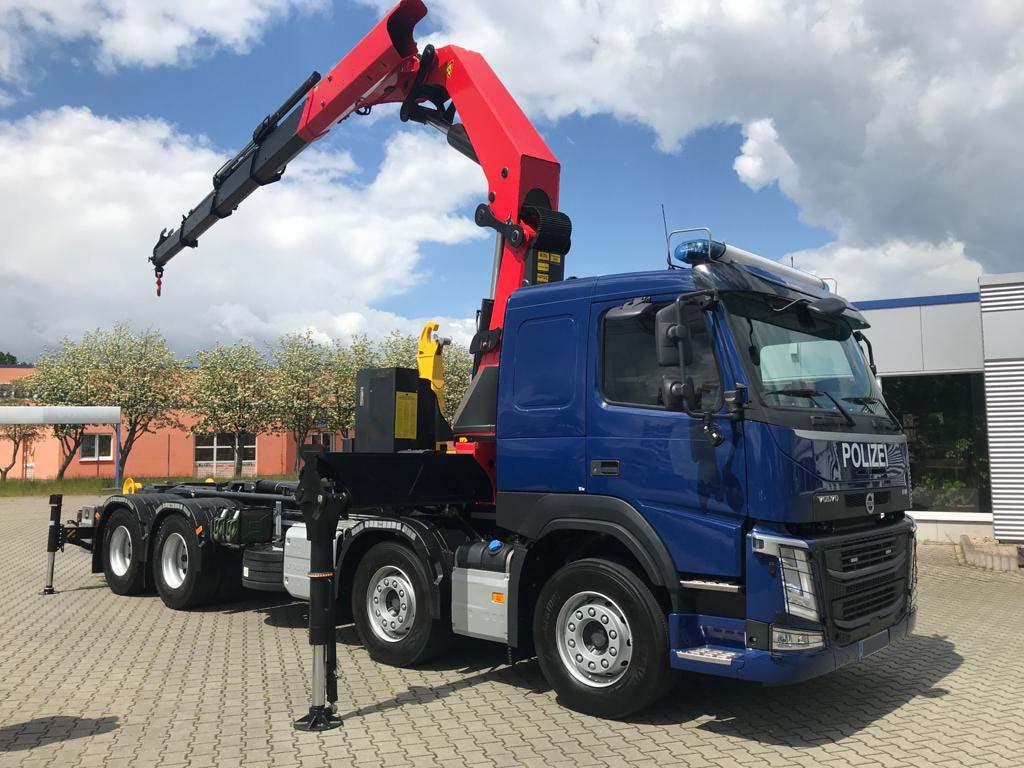 Volvo FM430 8x4 Fgst. geliefert an die Polizei Land Sachsen-Anhalt